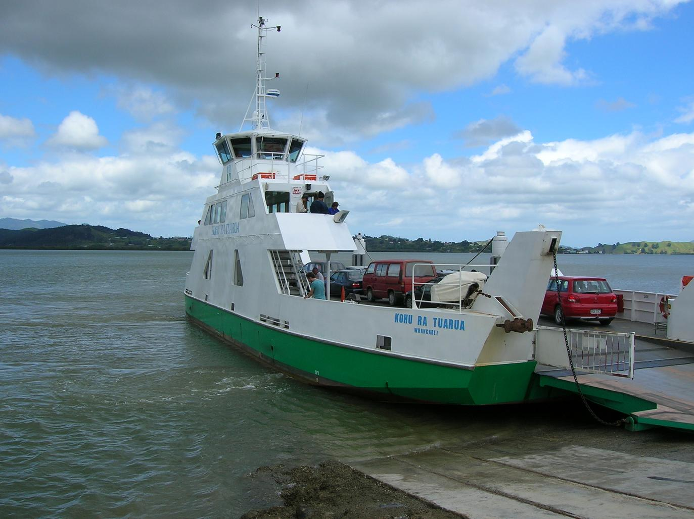 Fähre im Hokianga Harbour