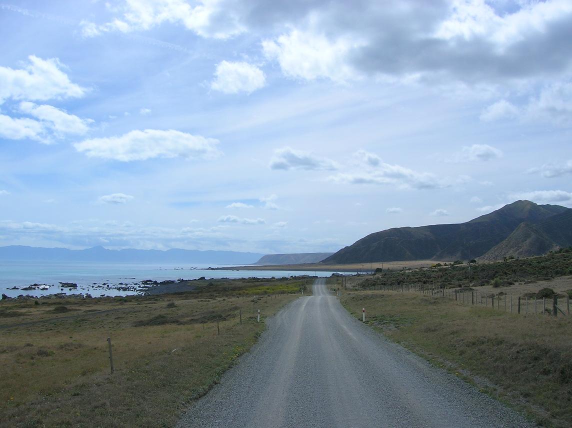Der örtliche Feldweg am Kap
