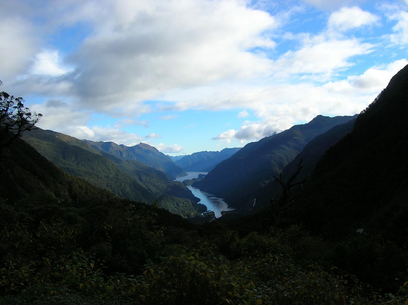 Der windstille Fjord