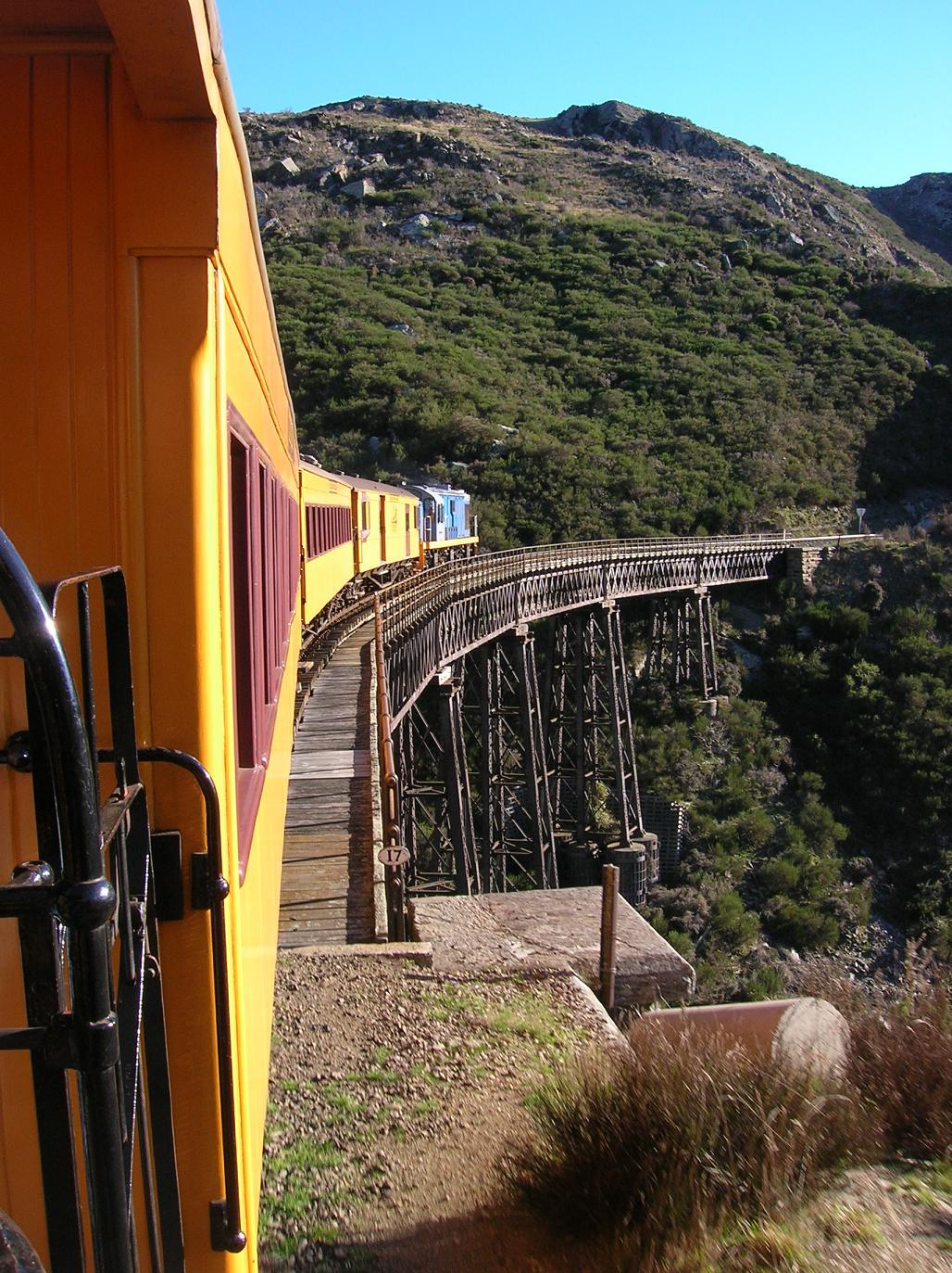 Eines der vielen Viadukte