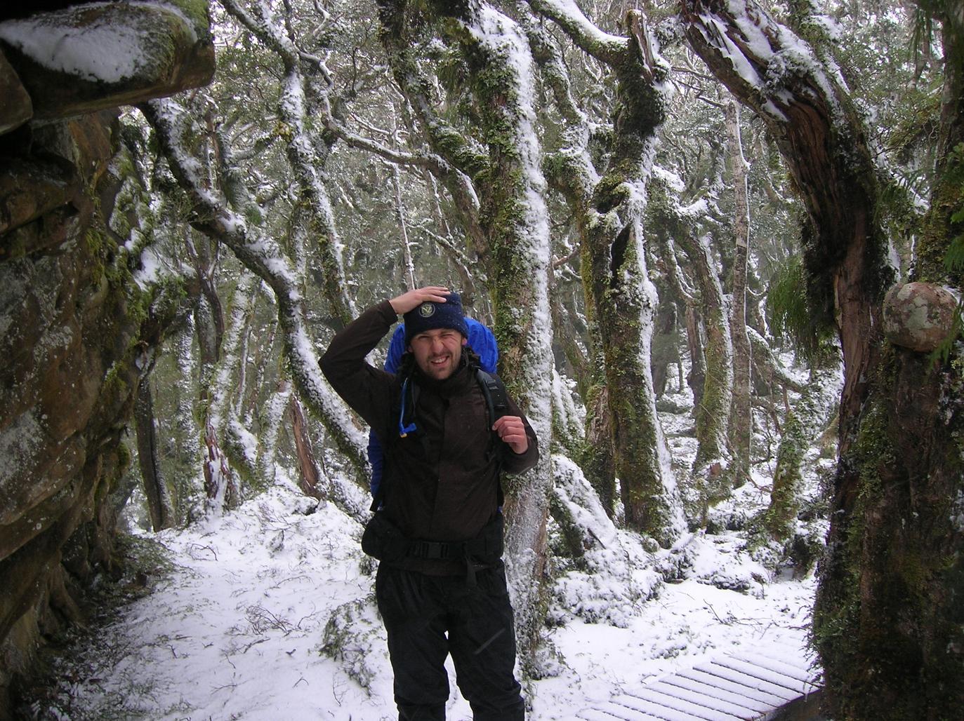 Schwerer Treffer von einer Schneeflocke (in NZ ca. so groß wie ein Fußball)