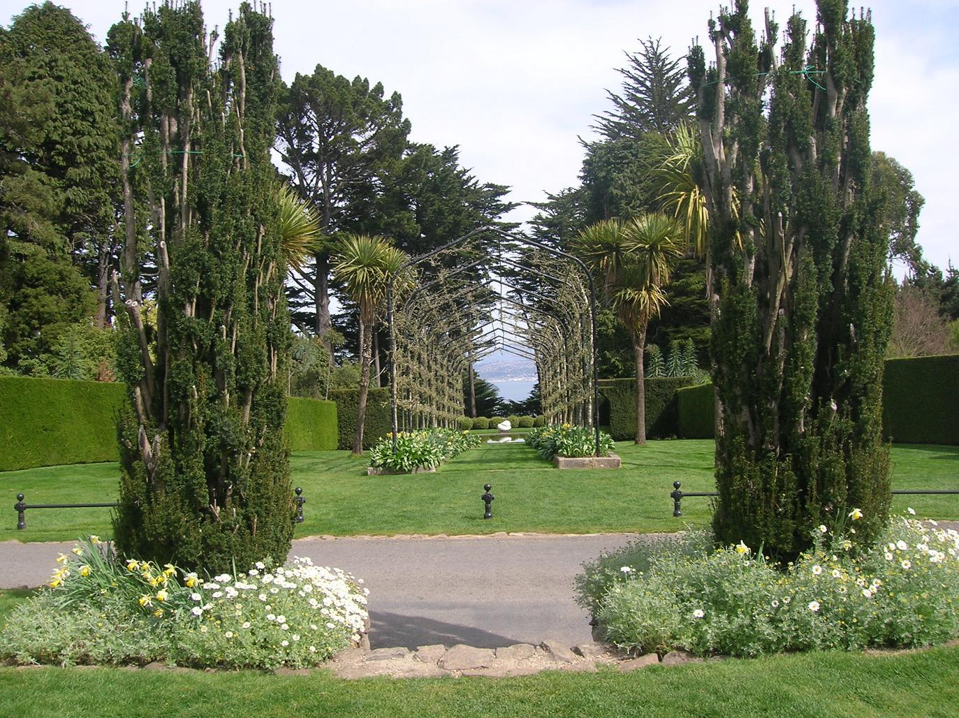 Durch die Gärten bis ans Meer
